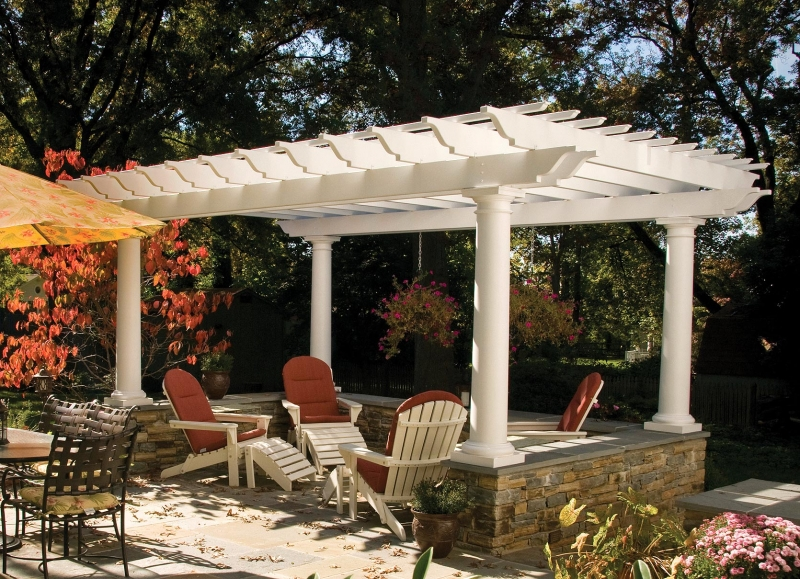 Williamsburg Fiberglass Pergola 1